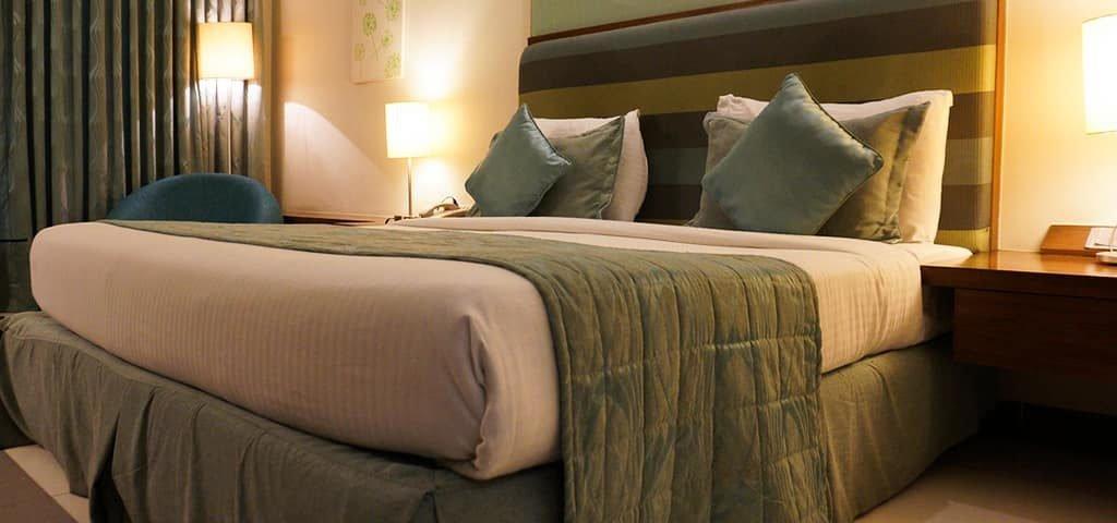 13 روشی که اقامت در هتل را لذت بخش تر میکند