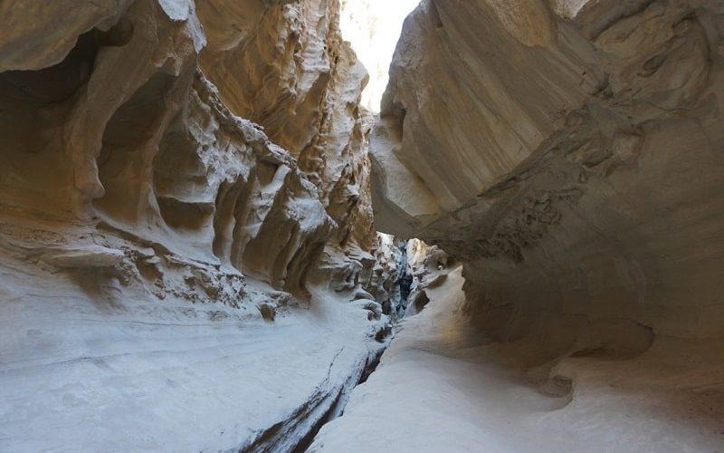 از قدم زدن تا صخرهنوردی در تنگه چاهکوه