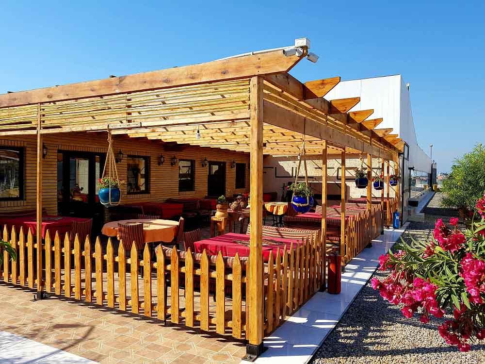 کافه هتل قشم